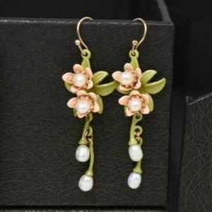 Gorgeous peach and green dangle earrings